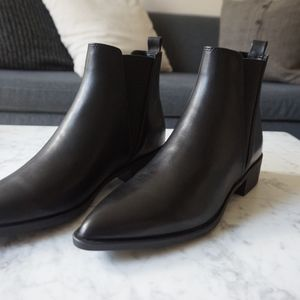 ad068607192 Steve Madden Shoes - Steve Madden Jerry Black Leather Chelsea Boots